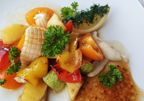Подборка салатов, которые просто и быстро готовить