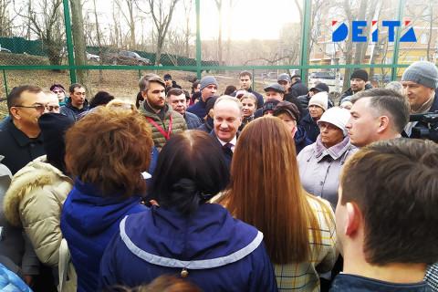 Мэр Владивостока пообещал защитить микрорайон от точечной застройки