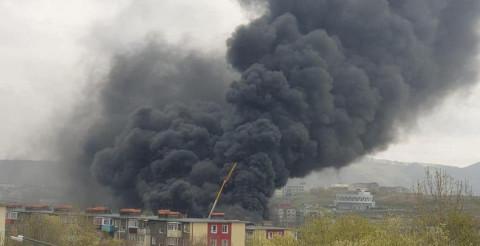 Строящаяся школа горит на Камчатке