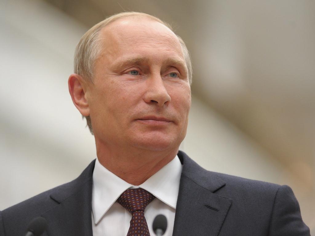 Путин проголосовал по поправкам