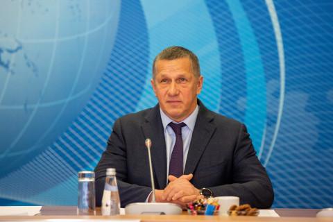 Трутнев объяснил критику проекта Спутник под Владивостоком