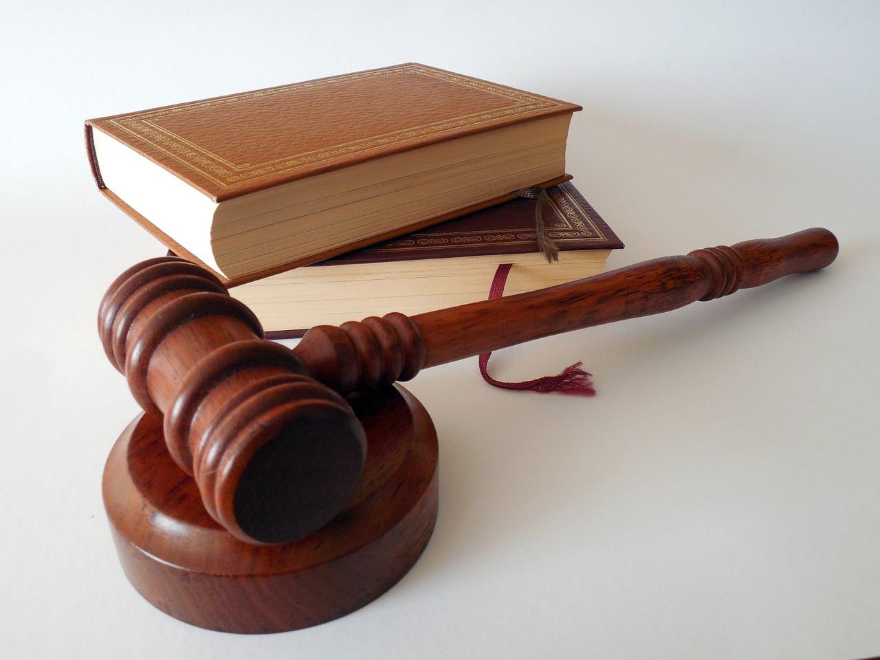 Бывший адвокат Ефремова готов защищать Эдварда Била