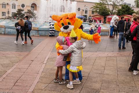 Как отмечали во Владивостокедень защиты детей, рассказали гости праздника