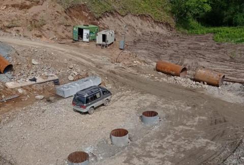 Опоры для будущего моста через Арзамазовку монтируют в Приморье