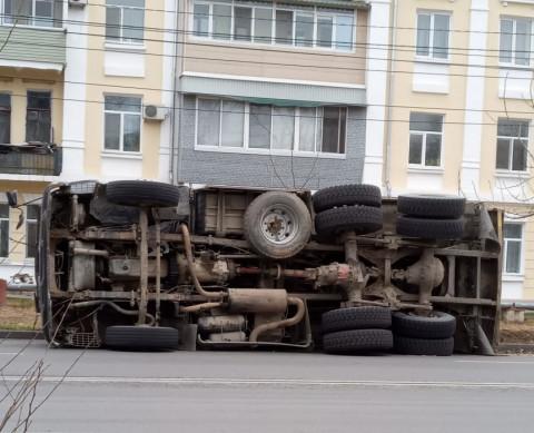 Жесткое ДТП с участием автобуса расследует полиция Приморья