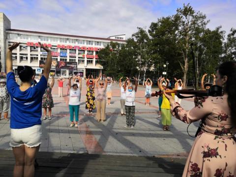 В Приморье «Единая Россия» разработала план физической онлайн-активности для пожилых