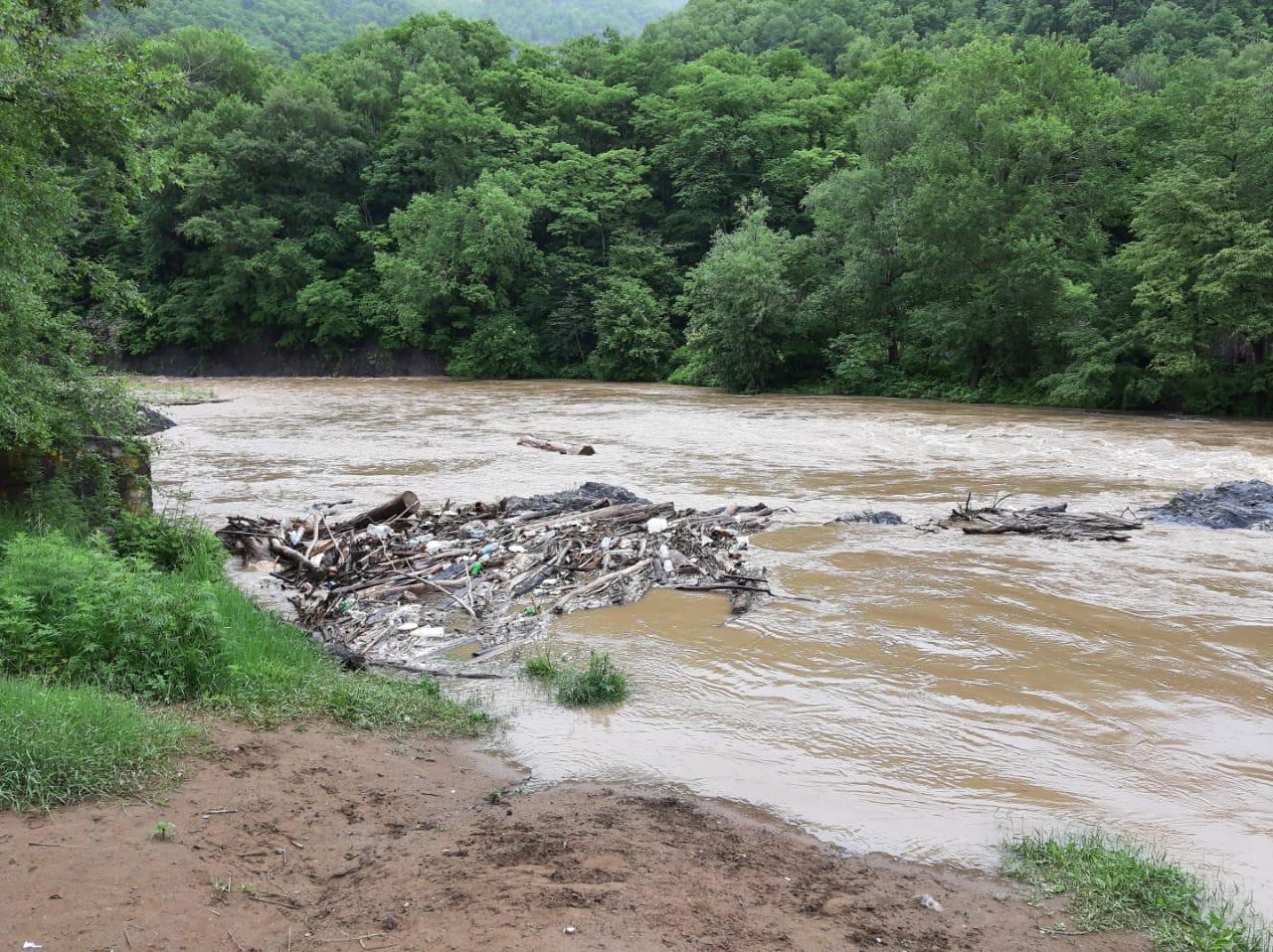 Последствия удара стихии устраняют в Приморском крае