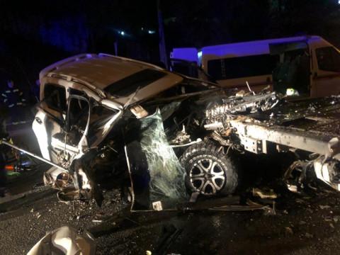 """""""Машина всмятку"""": страшное ДТП в промзоне возмутило владивостокцев"""