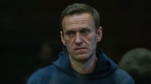 Навальному заменили условный срок на реальный