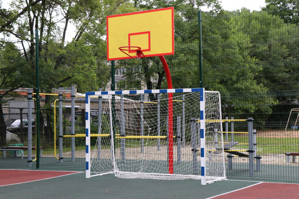 Скверы и спортплощадки в Уссурийске благоустроят к концу сентября
