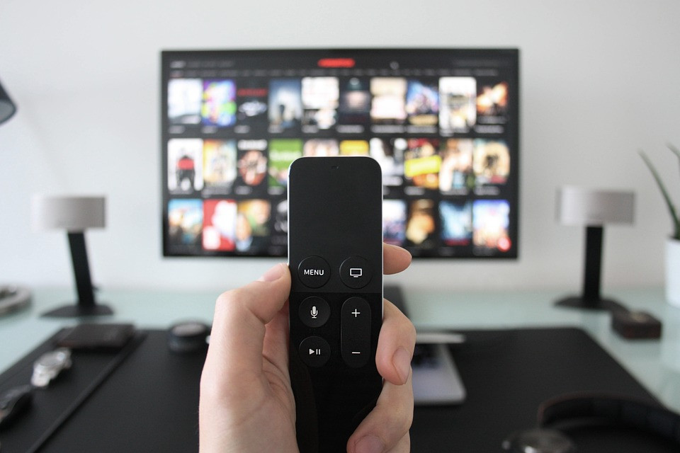 Приморцы сидят без телевидения и радио