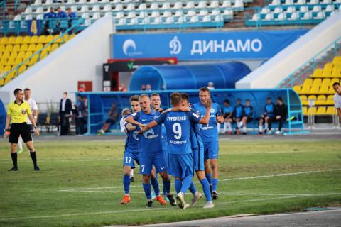 Яркая и волевая! «Динамо-Владивосток» одержал первую домашнюю победу