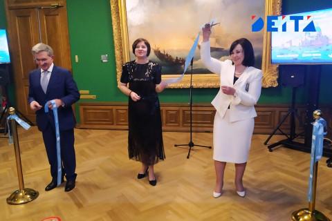 Выставка картин «Под небом Венеции» открылась во Владивостоке