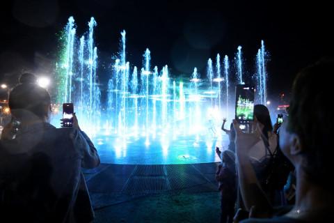 Отдыхать у нового фонтана во Владивостоке жители и гости города смогут ежедневно