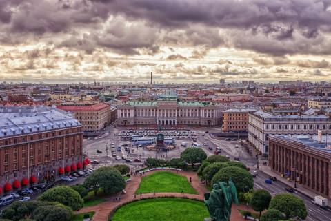 Все, Баста: Петербург закрыли для туристов