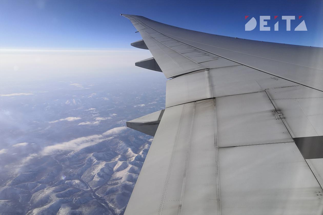 Пассажирский самолёт совершил экстренную посадку в Красноярске