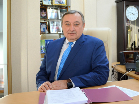 Депутат Законодательного Приморья проконсультировал молодых родителей из Уссурийска
