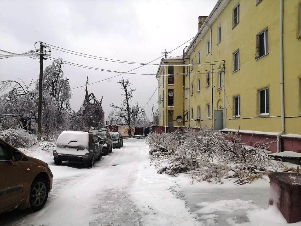 Жилой фонд на острове Русский передадут муниципальной компании