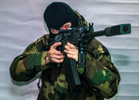 Российским силовикам разрешили сбивать дроны