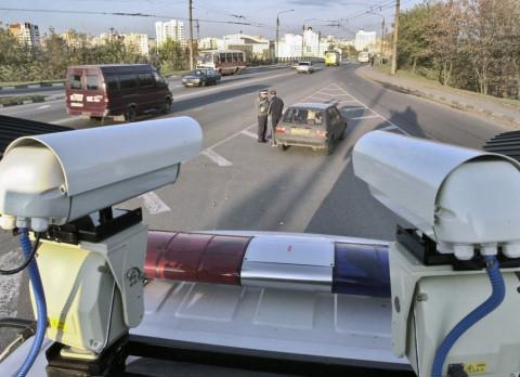 На российских дорогах появится новая система знаков и фиксации штрафов