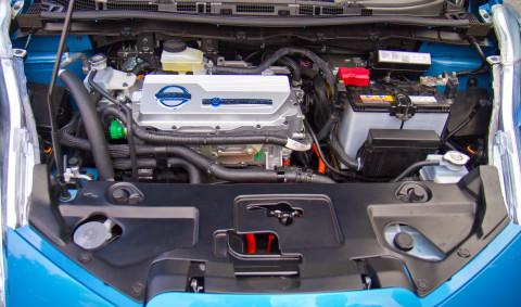 Двукратное подорожание электромобилей против обычных машин пророчит Сечин