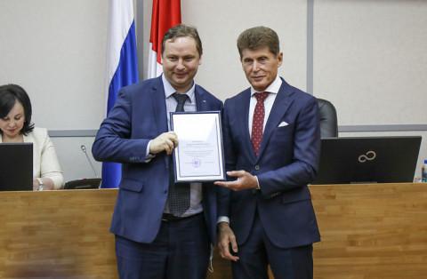 Приморское бизнес-сообщество «Опора России» с юбилеем поздравил Олег Кожемяко