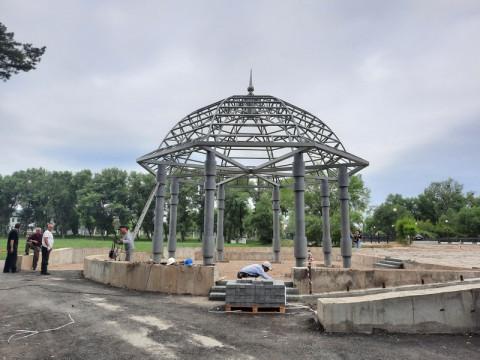 Благоустройство парка завершается в Арсеньеве