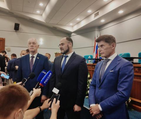 С новым мэром: Константин Шестаков принял присягу