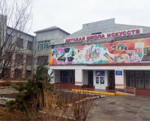 Капитальный ремонт завершили в школе искусств в Спасске-Дальнем