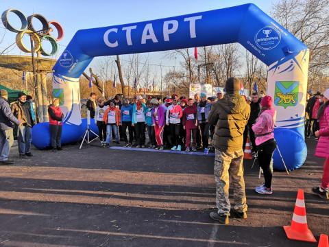 «Единая Россия» организовала Фестиваль бега у озера Чан