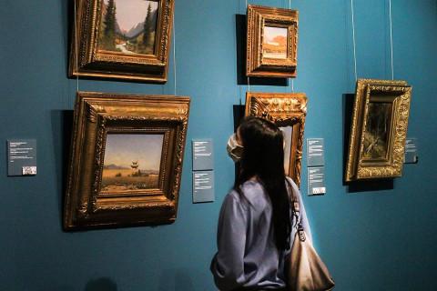 Зрители рассказали, зачем пришли на «Ночь искусств» в картинную галерею