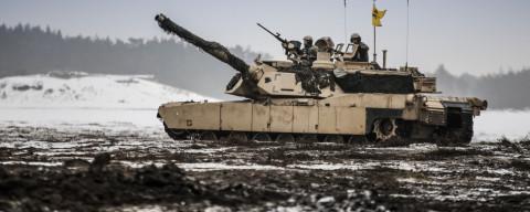 Американские танки оказались негодными для российских дорог