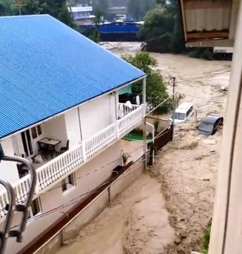 Кубань эвакуируют из-за наводнения