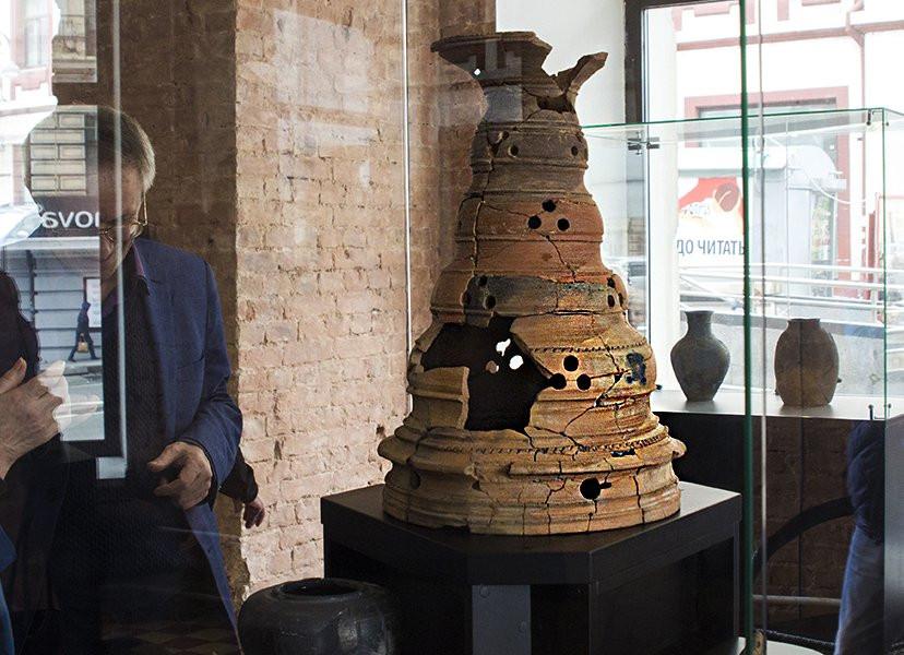 Нелегальные артефакты эпохи Цзинь обнаружены в галерее Приморья