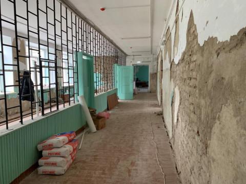 Школу в Воздвиженке отремонтируют к 1 сентября