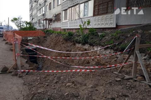 """""""Запредельный уровень лицемерия"""": новый скандал зреет среди жильцов Толстого, 25"""