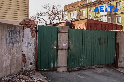 Штрафовать за заборы начали в России