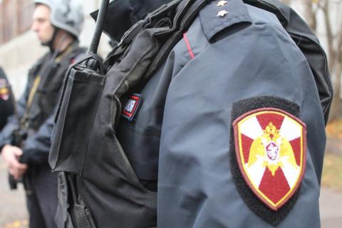 ОМОН нагрянул на популярный владивостокский рынок