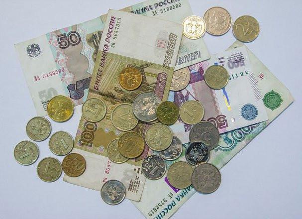 Закон о дополнительных выплатах россиянам внесен в Госдуму