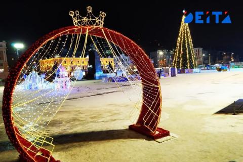 Елки, горки и фотозоны - Владивосток готовится к новогодним праздникам