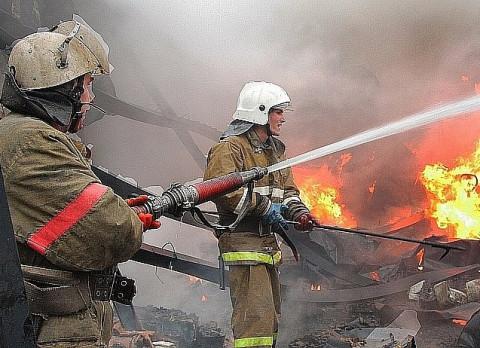 Пожар произошёл в детской поликлинике Владивостока