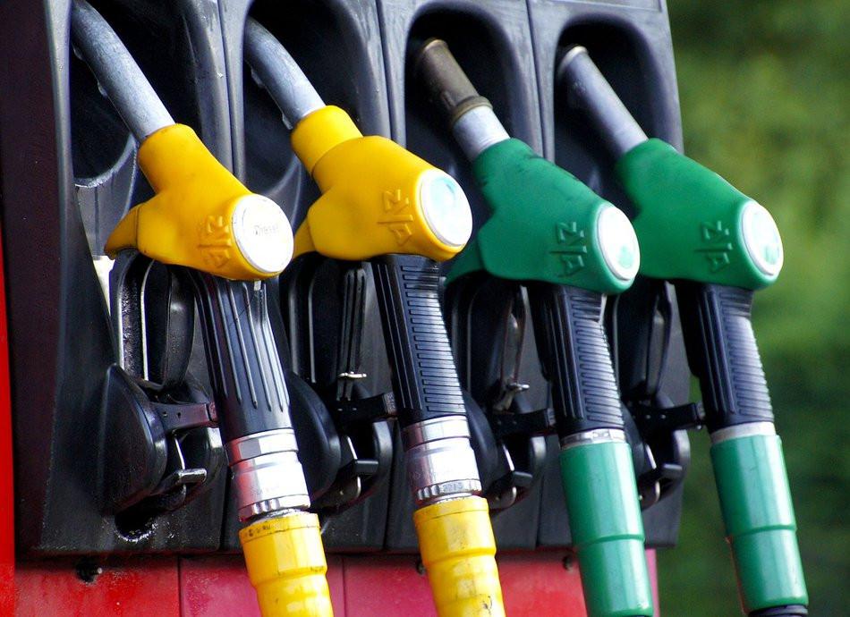 Цены на бензин изумили жителей Дальнего Востока