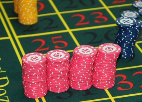 Подпольный покерный клуб накрыли в Приморье