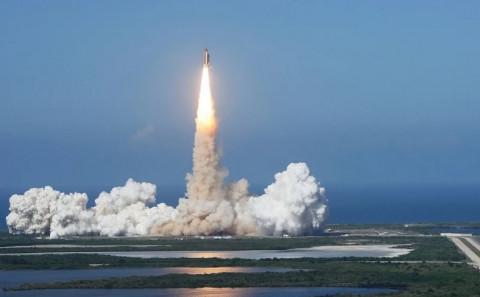 Неуправляемая китайская ракета упадет на Землю сегодня ночью