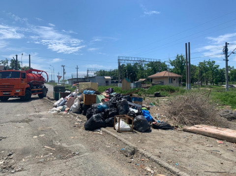 Вопрос переноса мусорных контейнеров обсудили во Владивостоке