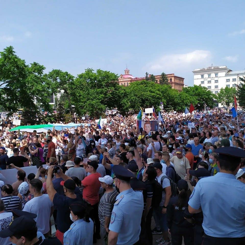 Месяц протестов: Хабаровск снова вышел на улицы