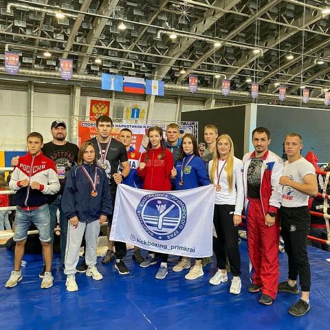 Серебро и четыре бронзы привезли приморские кикбоксеры с Чемпионата России