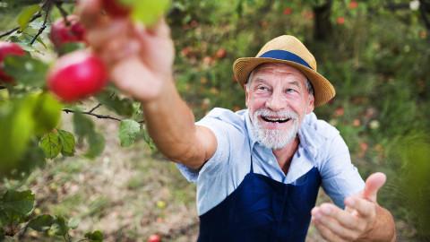 Дальневосточникам режут пенсию за переезд на запад