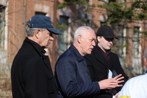 Во Владивостоке обсудили использование территории бывшего казарменного городка на острове Русский