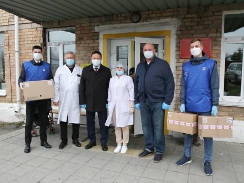Приморские парламентарии помогаютмедикам
